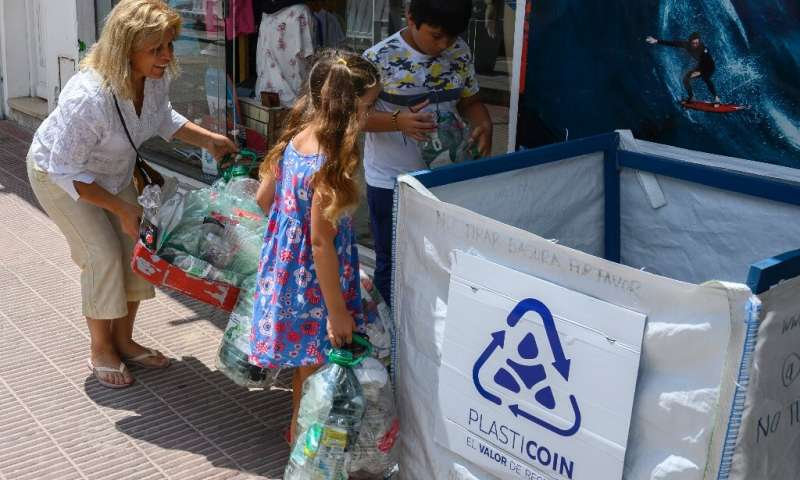 "The ""Plasticoin"" project has proved more popular than initially expected, but Uruguay still needs to make a lot of pro"